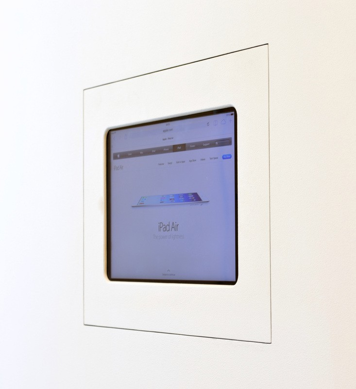 Wall-Smart für iPad 9-7 New Construction (Hidden Electric Lock)